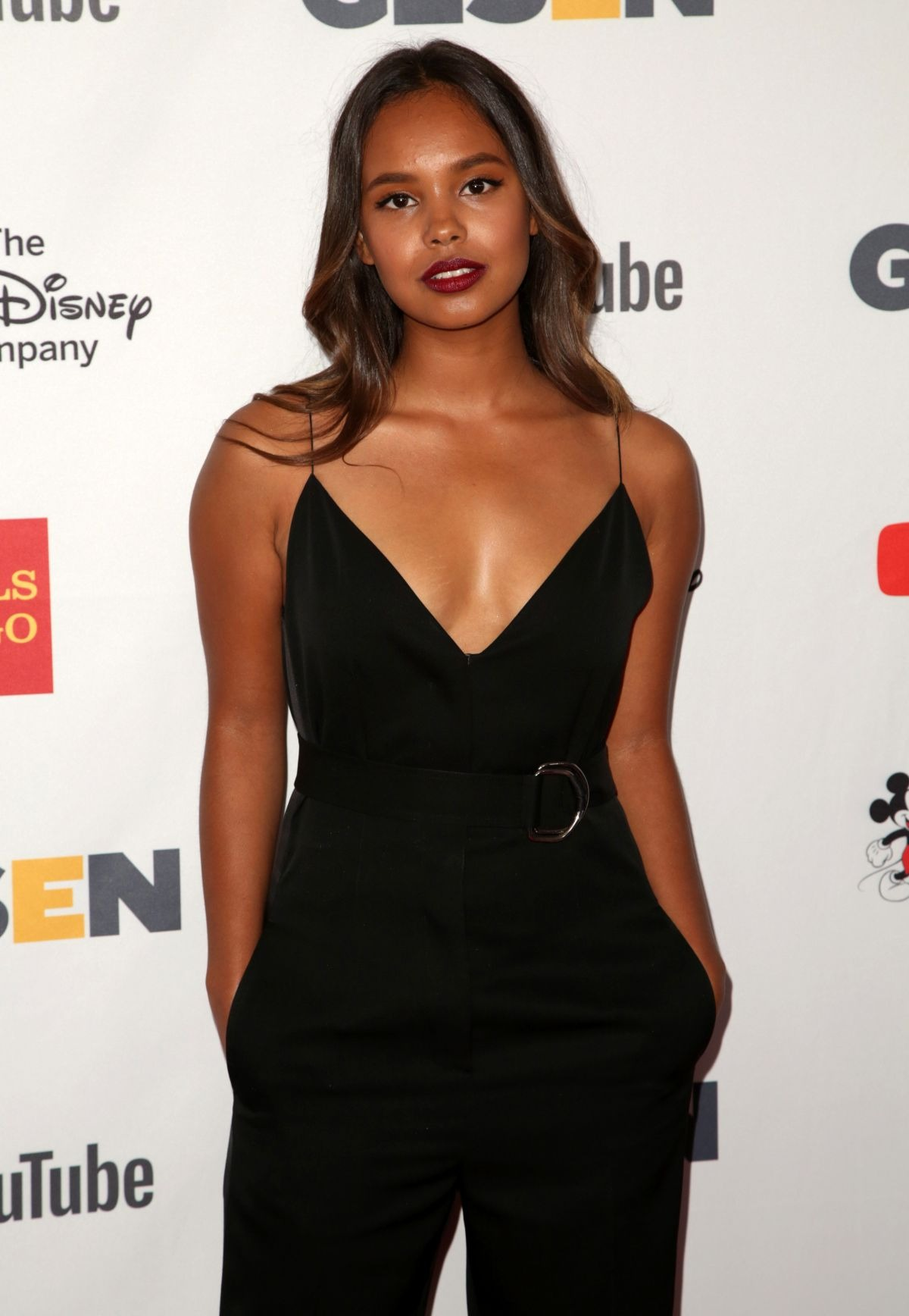 Alisha Boe is looking bold in her black outfit
