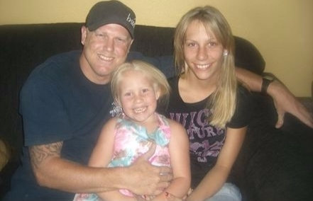 The picture captures Lyssa Chapman with her ex-husban and daughter
