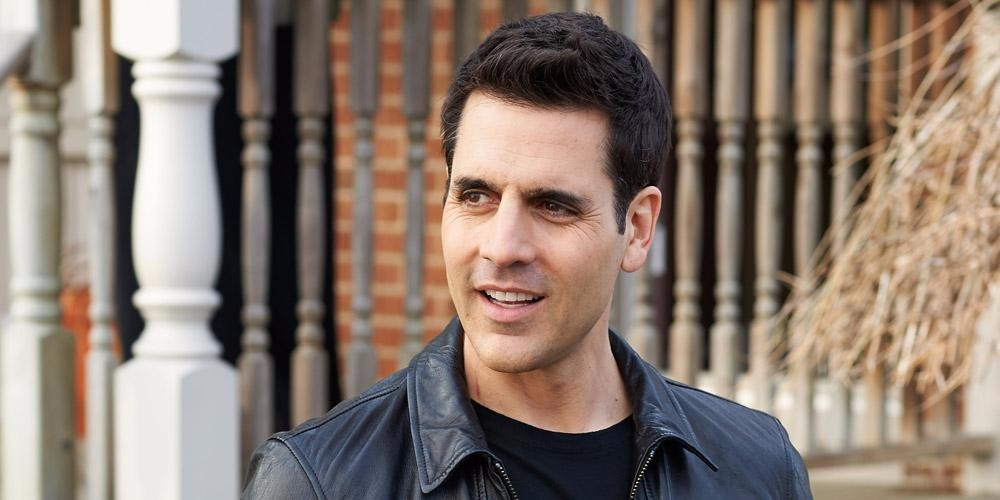 Actor Ben Bass looking to the left in the picture