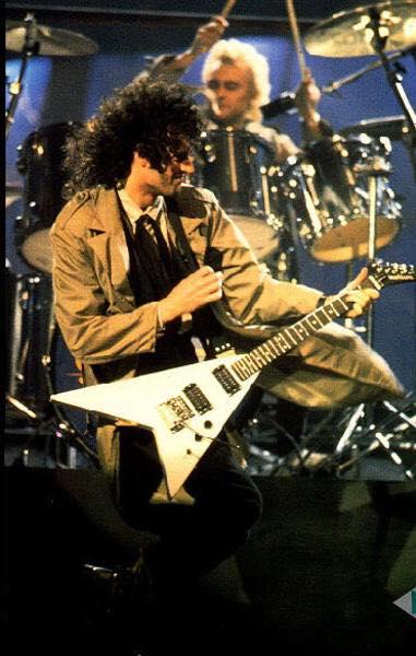 Brian May Gibson Flying V