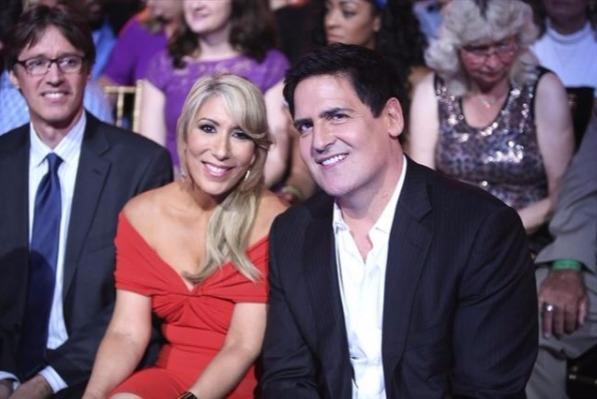 Shark Tank star Lori Greiner with Mark Cuban