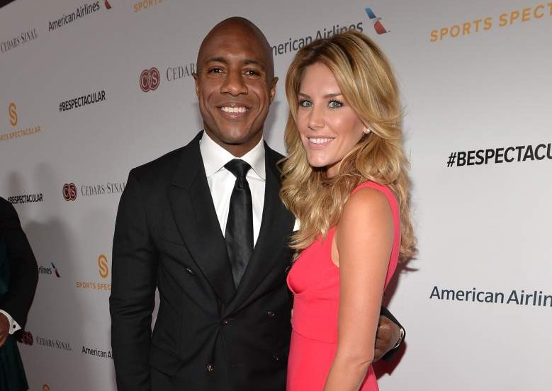 Charissa Thompson is making an appearance in an event with her boyfriend Jay Williams. The two looks dashing in their attire, with Jay in black suit and Charissa in red dress.