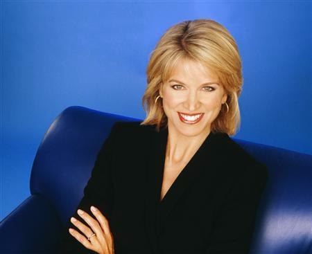 Paula Zahn is a great fan of music and plays cello.