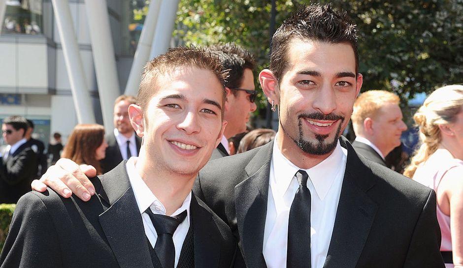 Josh Harris poses with his brother Jake Harris.