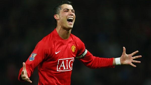 Cristiano Ronaldo celebrating in his Manchester United jersey