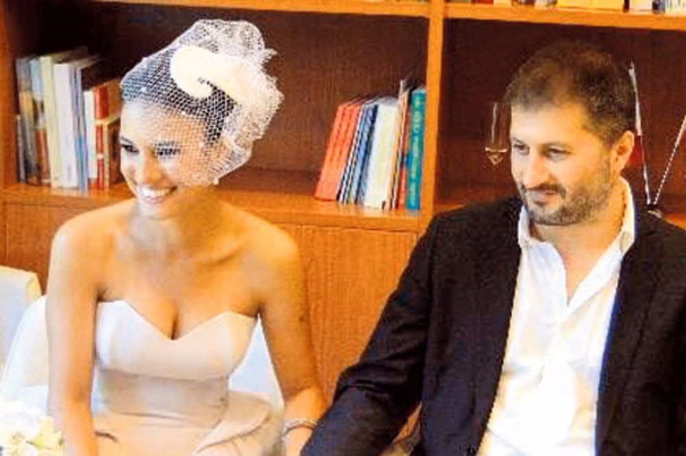 Gizem Soysaldi and Huseyin Karabey looked happy after exchanging wedding vows