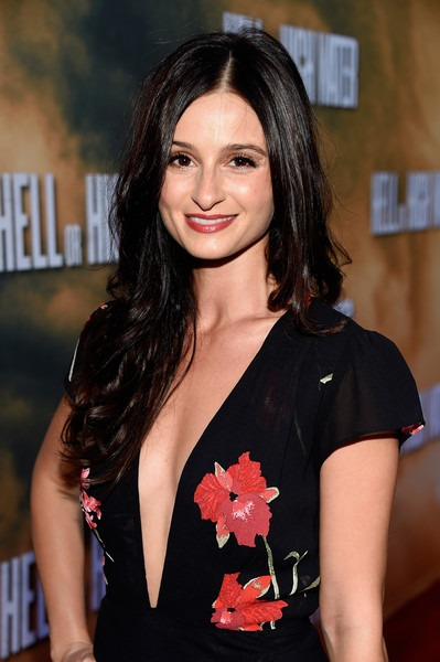 Melanie Papalia in an event