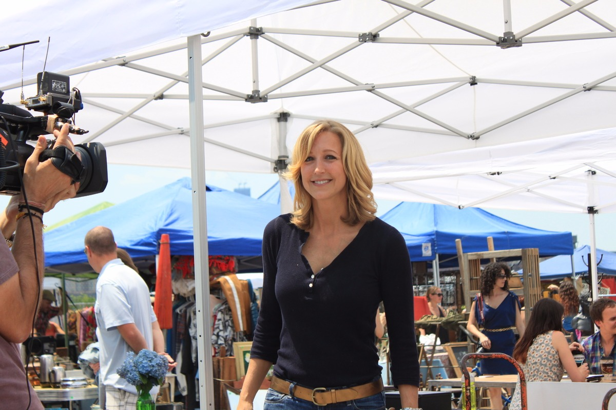 Lara Spencer in the flea market while filming Flea Market Flip