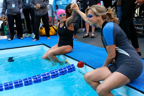 Lara Spencer and Diana Nyad ready to swim to raise fund for Hurricane Sandy Victims
