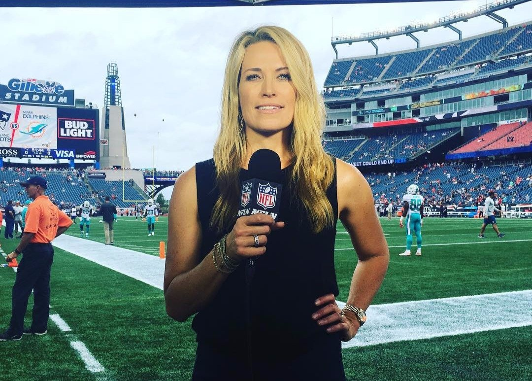 Alex Flanagan reporting an NFL game