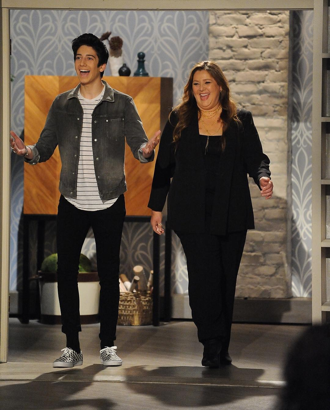 Milo and his mother Camryn Manheim in show The Talk.