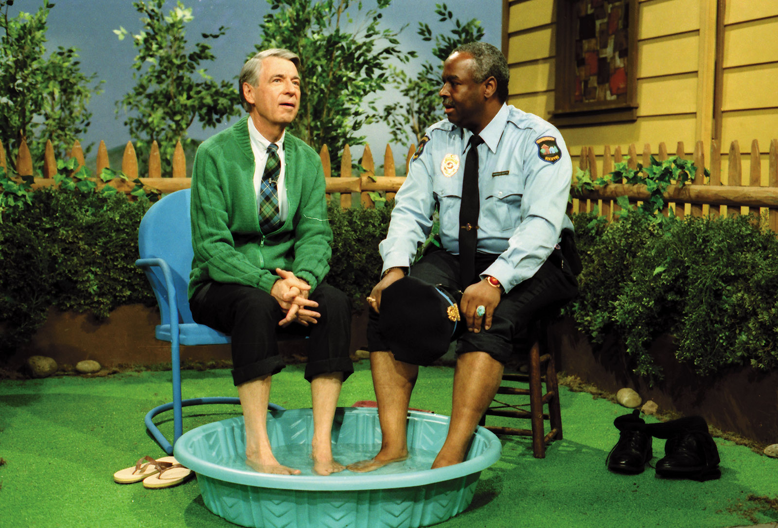 Mr. Rogers at the set of Mister Rogers' Neighborhood with Officer Clemmons (François Clemmons)