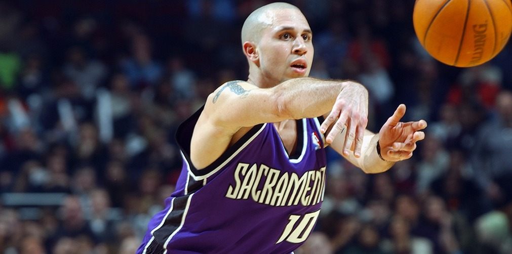 Mike Bibby's amazing stats helped him to get into Sacramento Kings in 2001