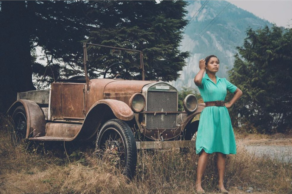 Antonia Thomas is standing in front of a antique car. This photo of Misfit series actress was clicked by her alleged boyfriend Michael Shelford.