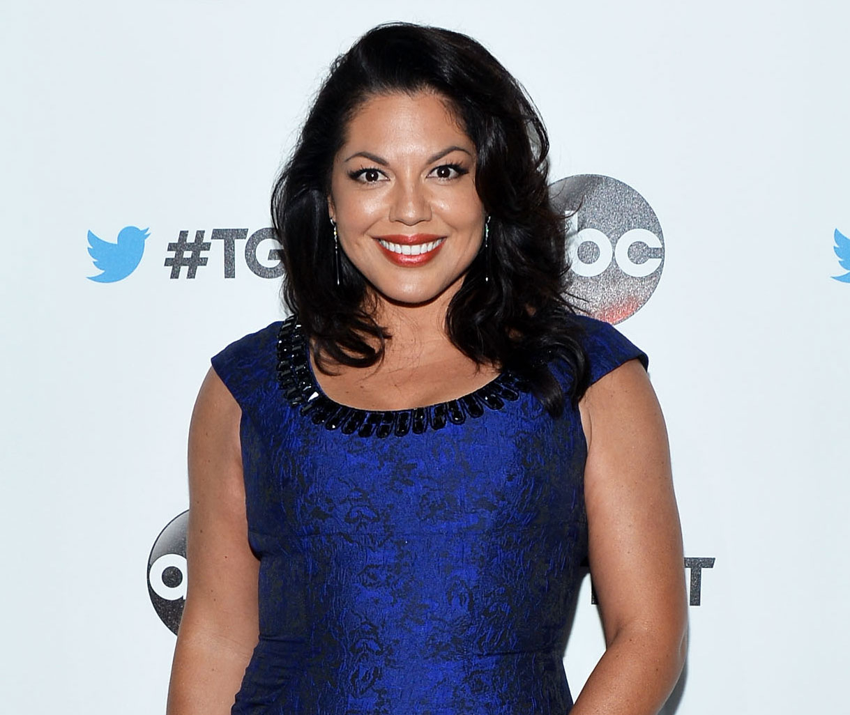 Sara Ramirez wearing a blue at the premiere of Grey's Anatomy