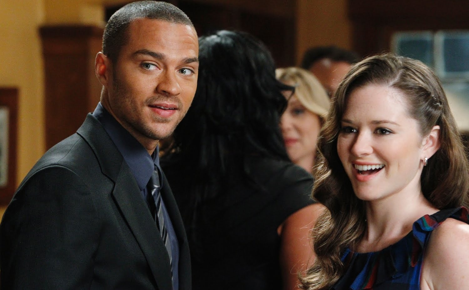 Drew and Williams as April and Jackson.