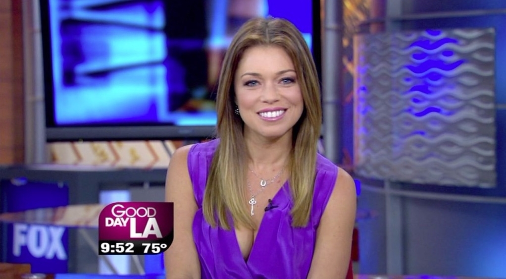 Lauren Sivan reporting on Good Day LA