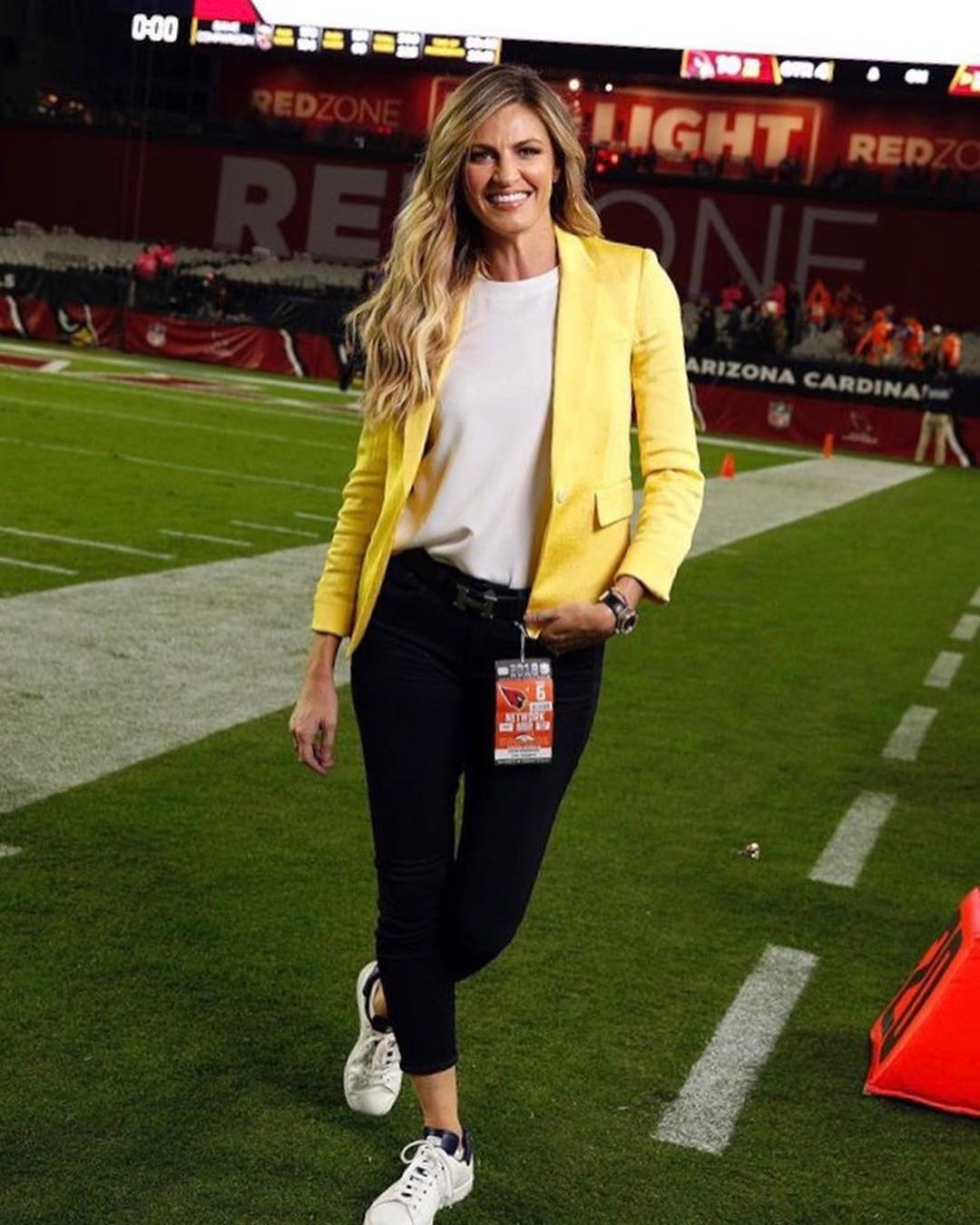 Erin Andrews has a slender long legs and has maintained a hot body measurements complimented by her height of 5 ft 10 inches and weight of 55 kg