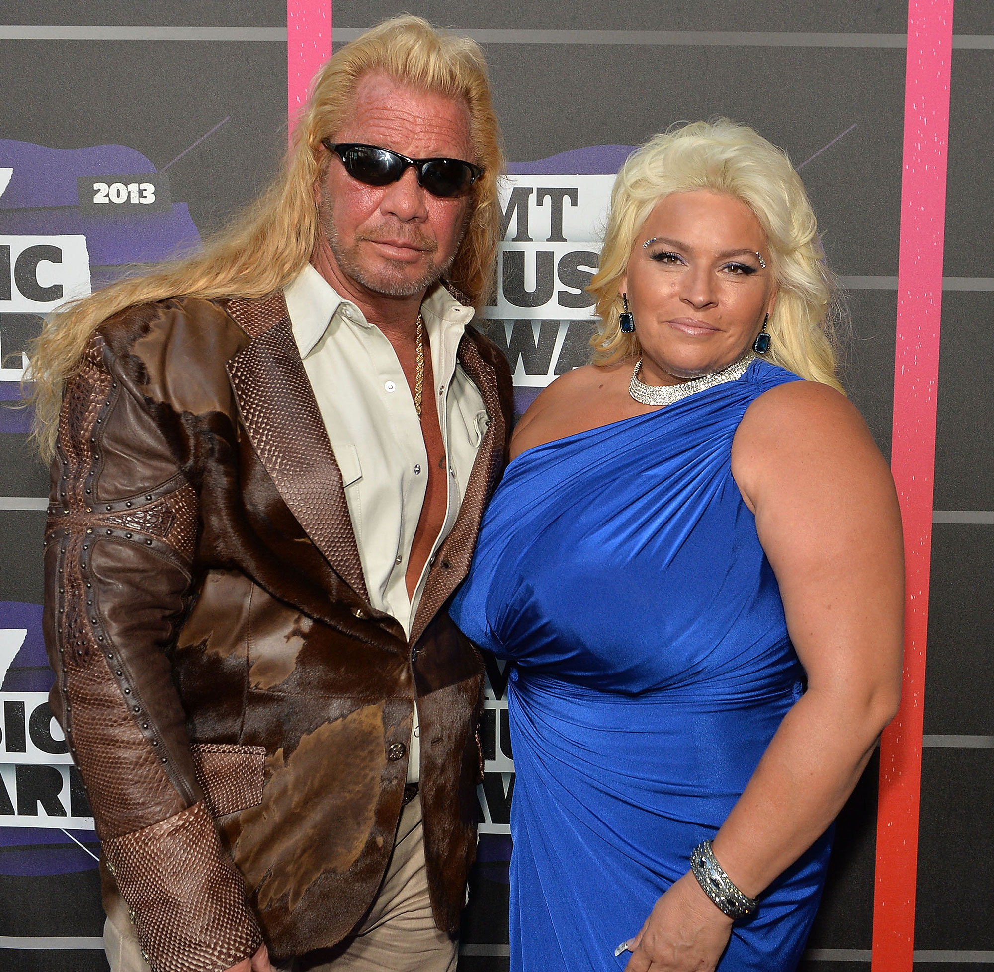 Duane and Beth Chapman posing for a picture