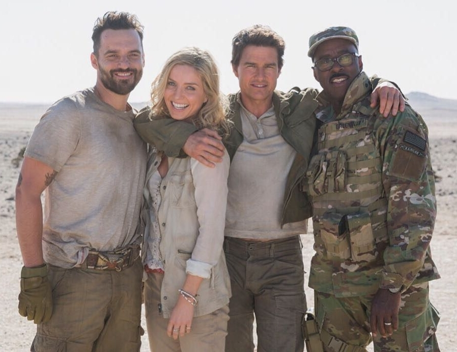 Annabelle Wallis and co-stars of The Mummy