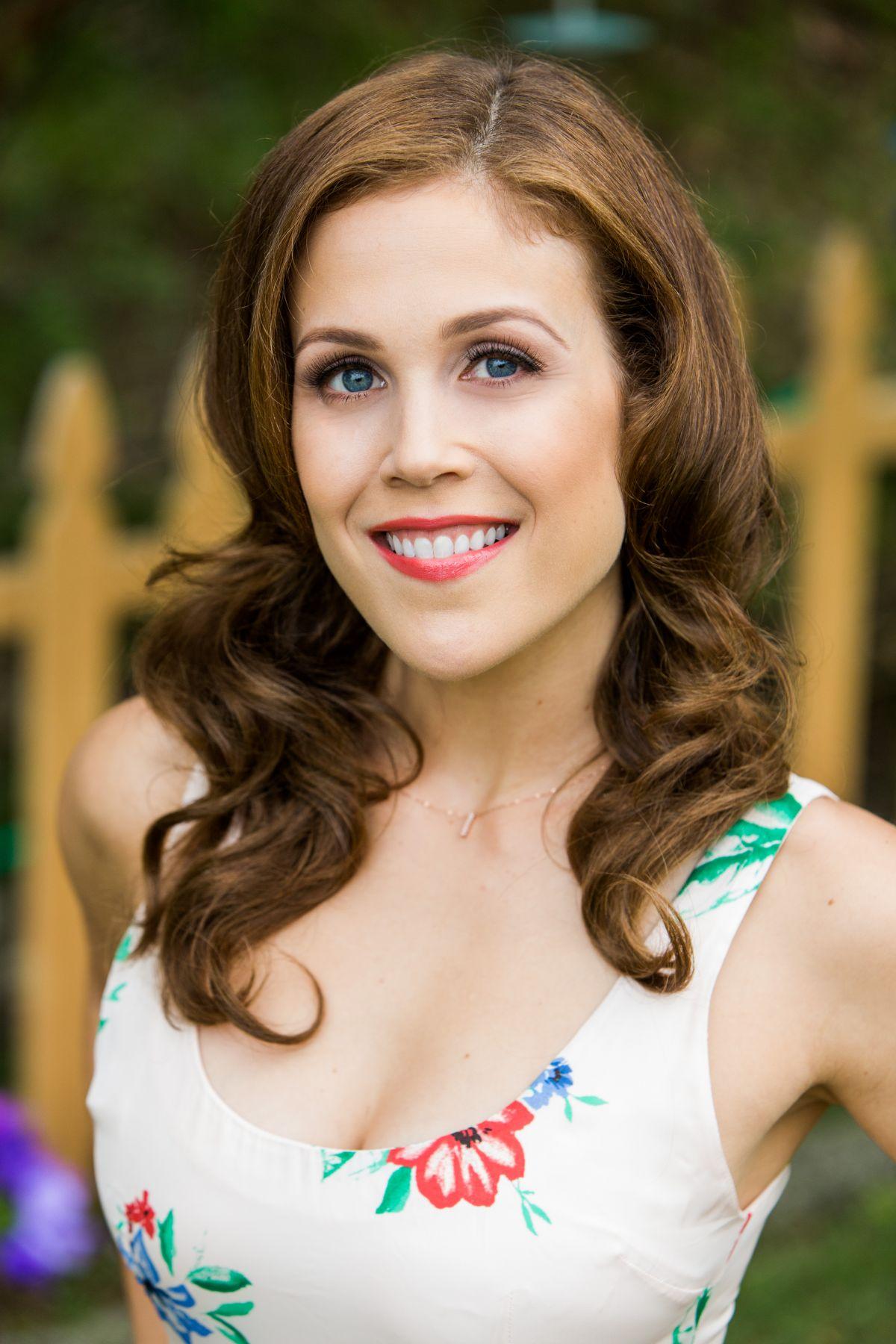 Erin Krakow looks beautiful in a white dress