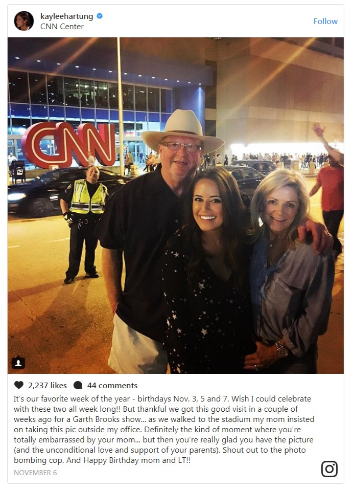 Kaylee Hartung posted this picture on instagram with her mother infront of her office CNN.