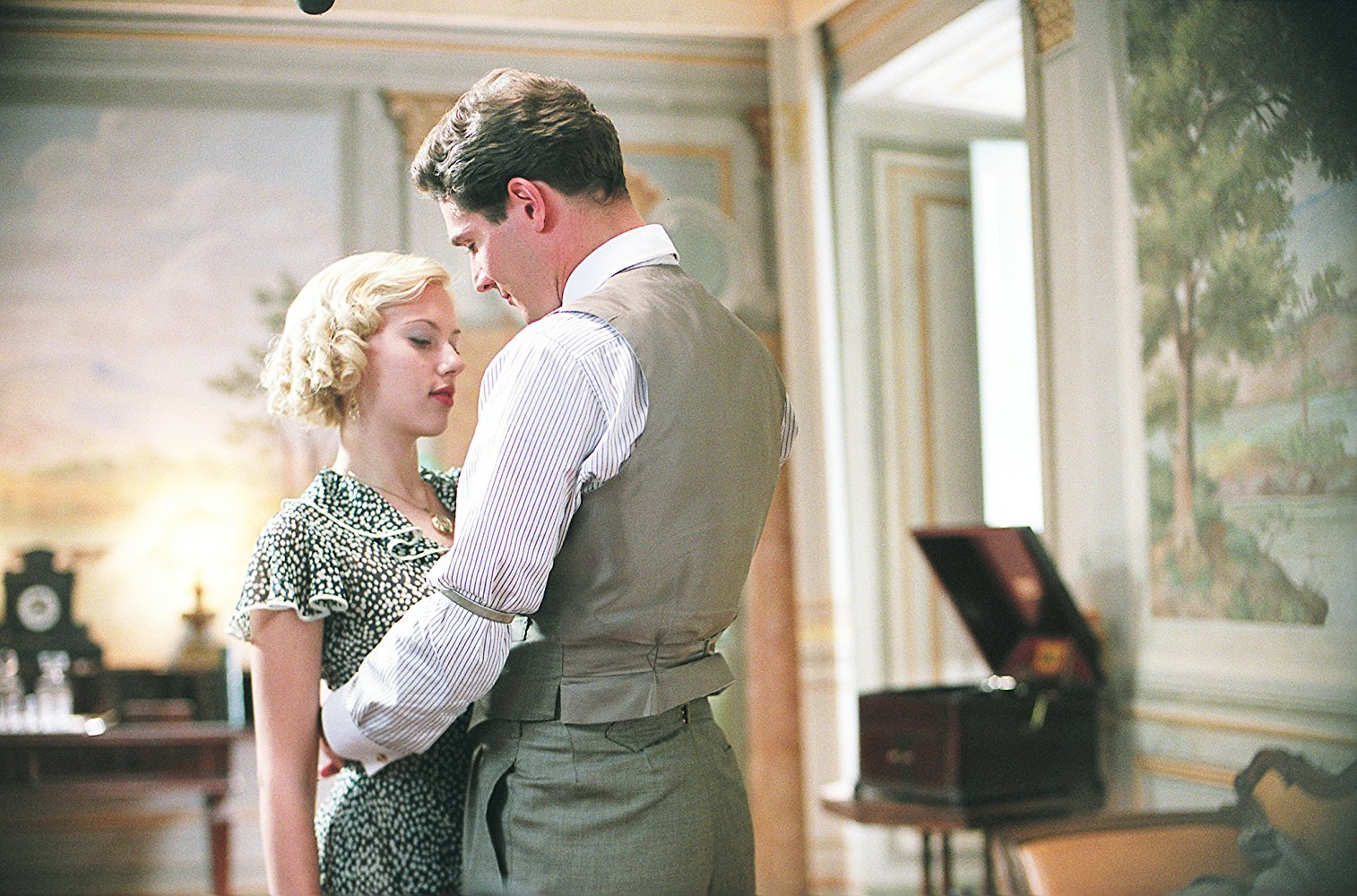 Mark Umbers and Scarlett Johansson on the set of A Good Woman.