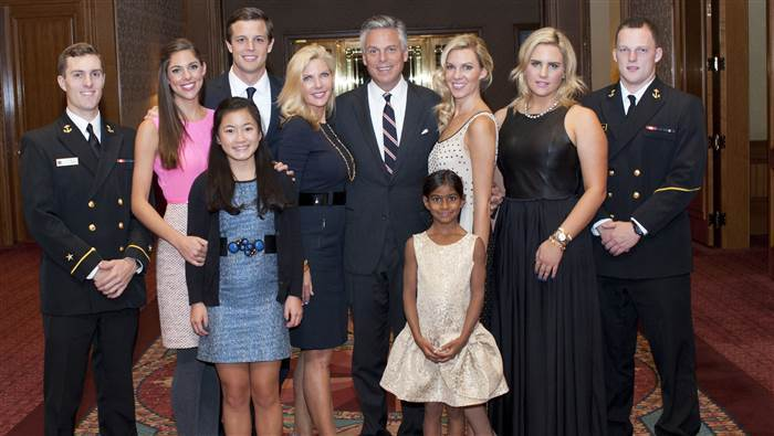Abby Huntsman attending an event in honor of Veterans Day with her family and siblings on NOV 11 2014.