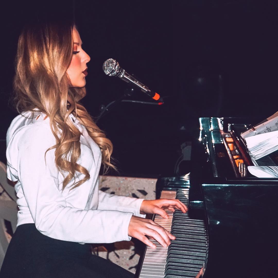 Bianca Ryan is singing