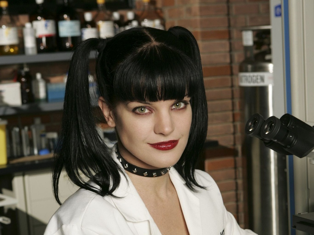 Pauley Perrette in the set of NCIS