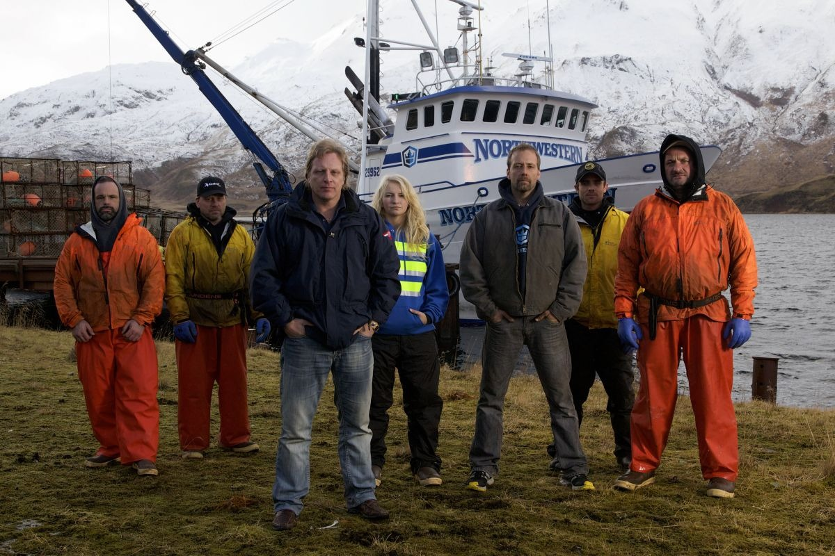 Mandy Hansen with her crew members