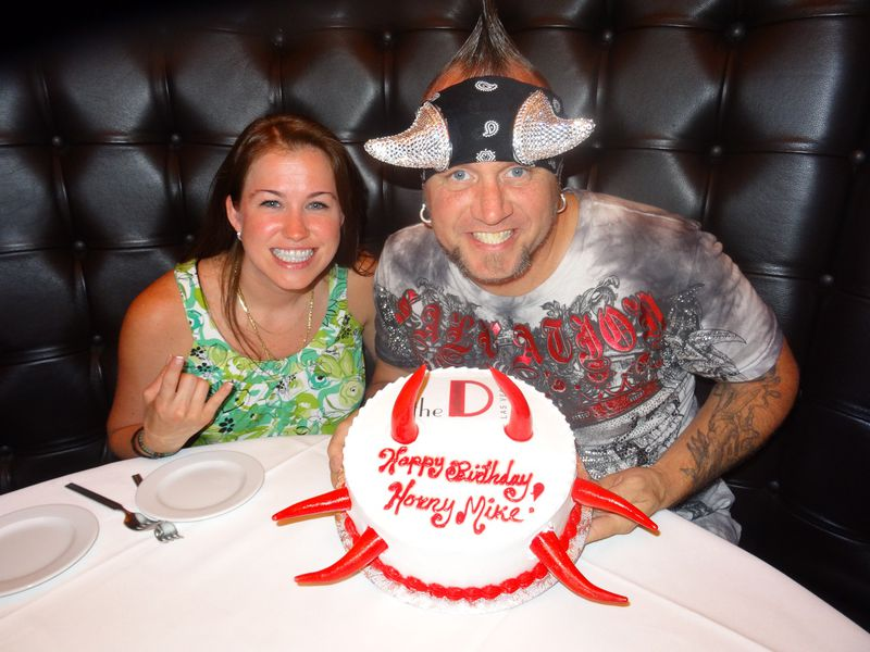 Horny  Mike is celebrating his birthday with his girlfriend Kelly