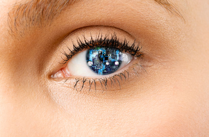 Do decorative contact lenses harm your eyes?