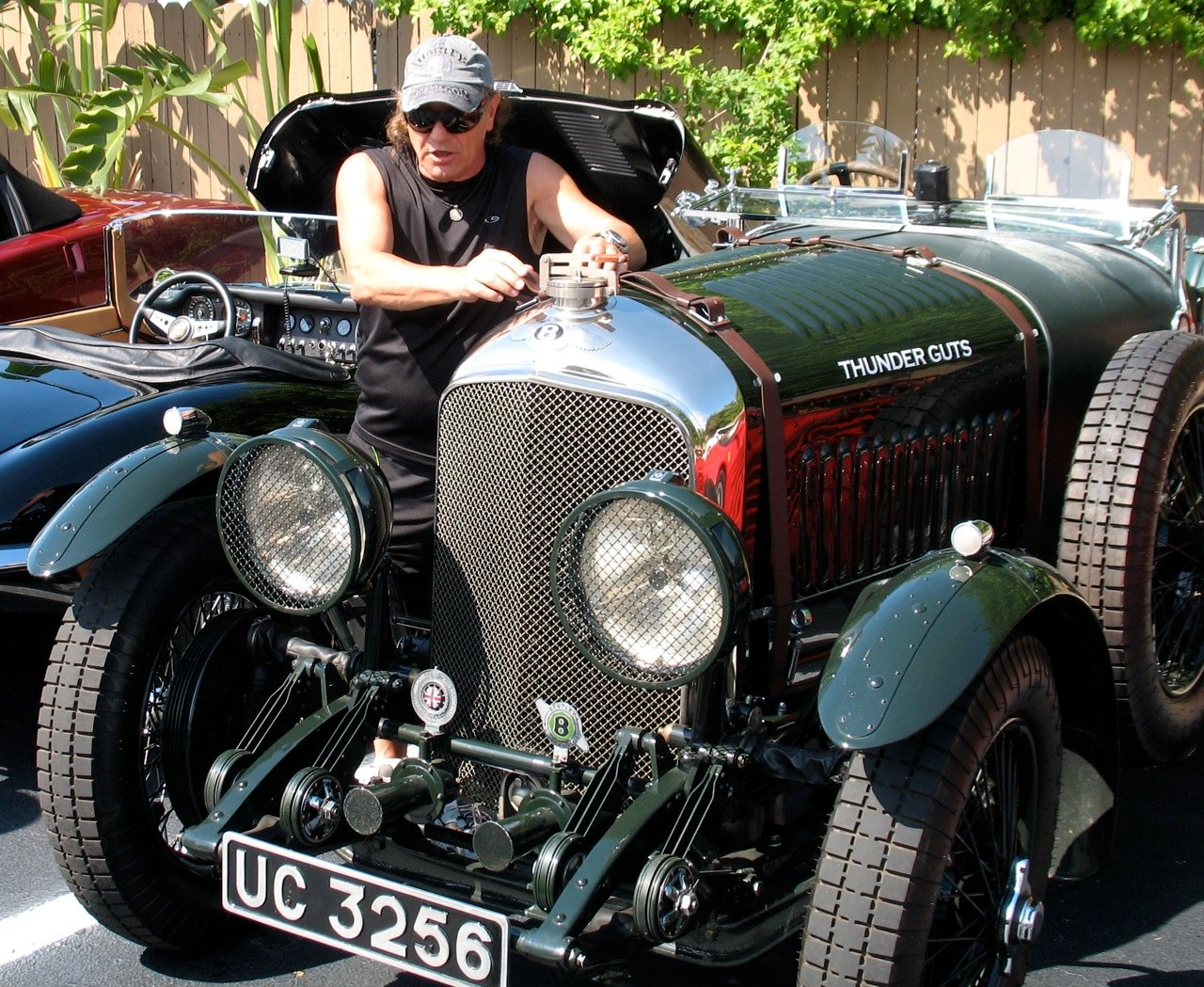 Bentley 4 1/2 Litre Vanden Plas
