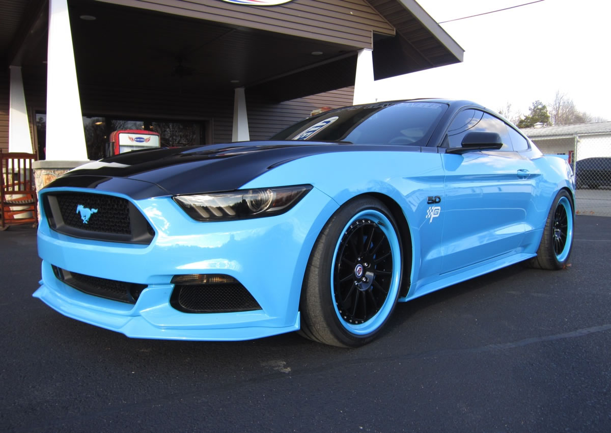 Richard Petty Edition Ford Mustang GT