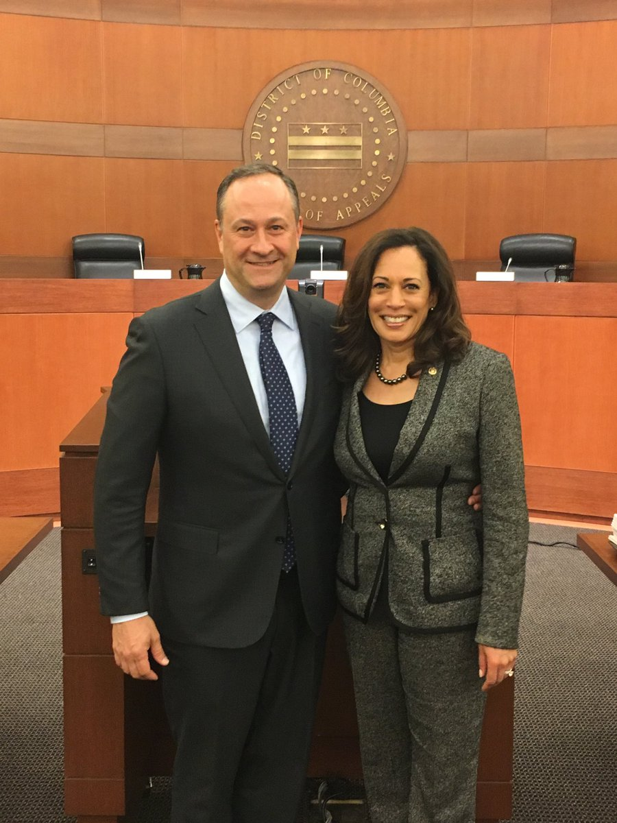 Douglas Emhoff and Kamala Harris posing for a picture