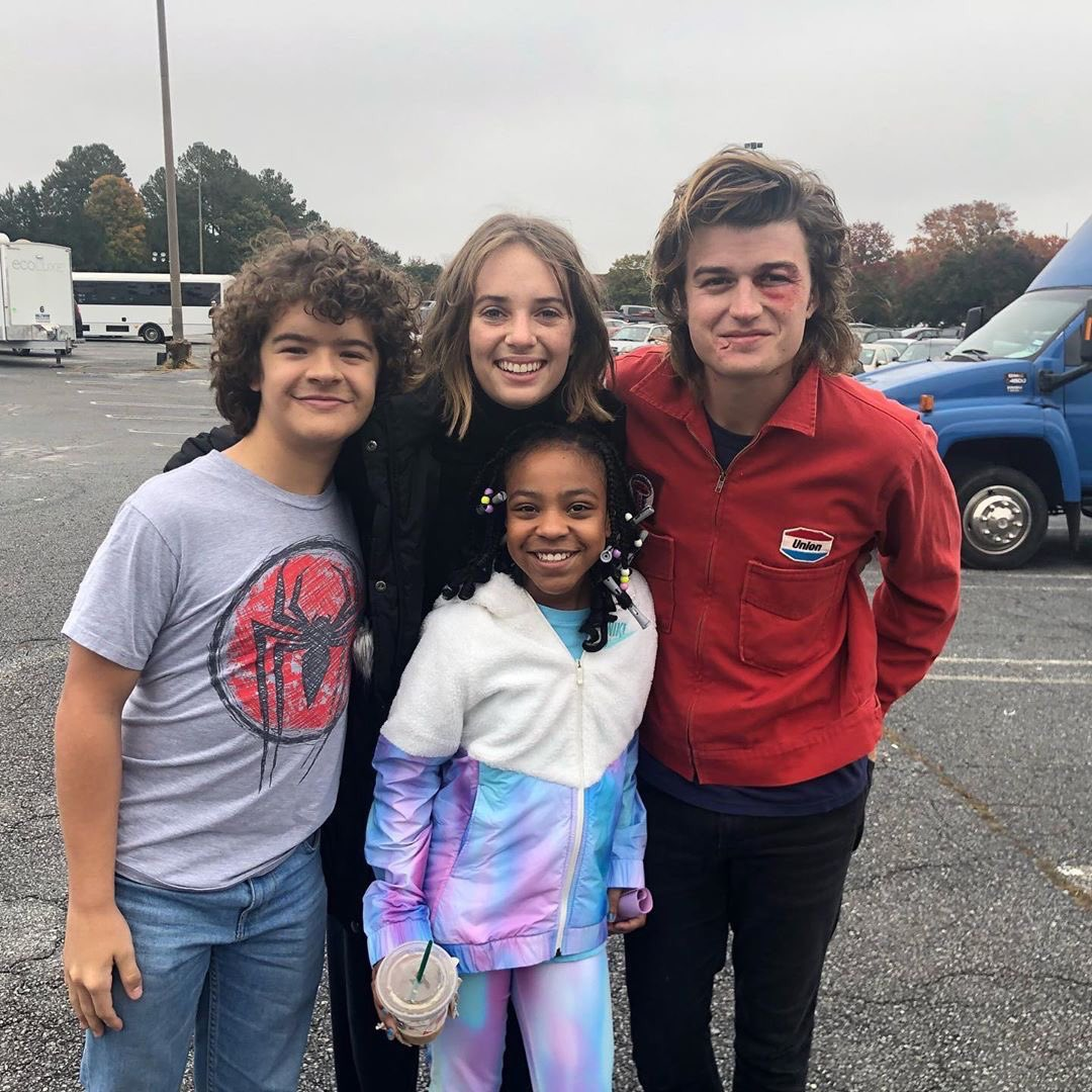 Priah Ferguson, Maya Hawke, Joe Keery and gaten Matarazzo. They are the member of group named Scoops Troop from the third season of Stranger Things.
