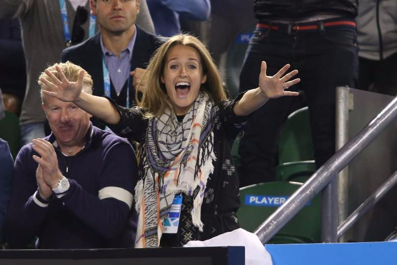 Kim Sears cheering her soon-to-be husband Andy Murray at 2015 Australian Open