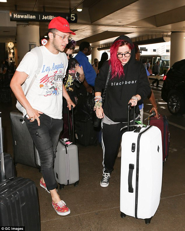 Bella Thorne at LAX