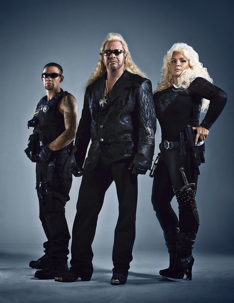 Chapman family posing for a promotional picture of Dog The Bounty Hunter