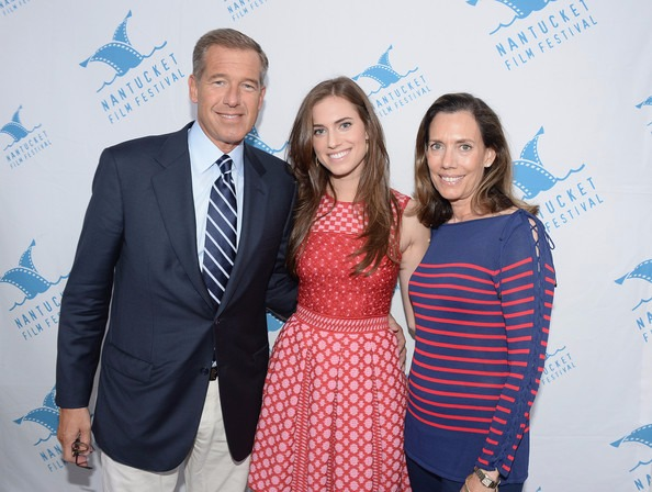 Jane Stoddard Williams with husband Brian and daughter Allison