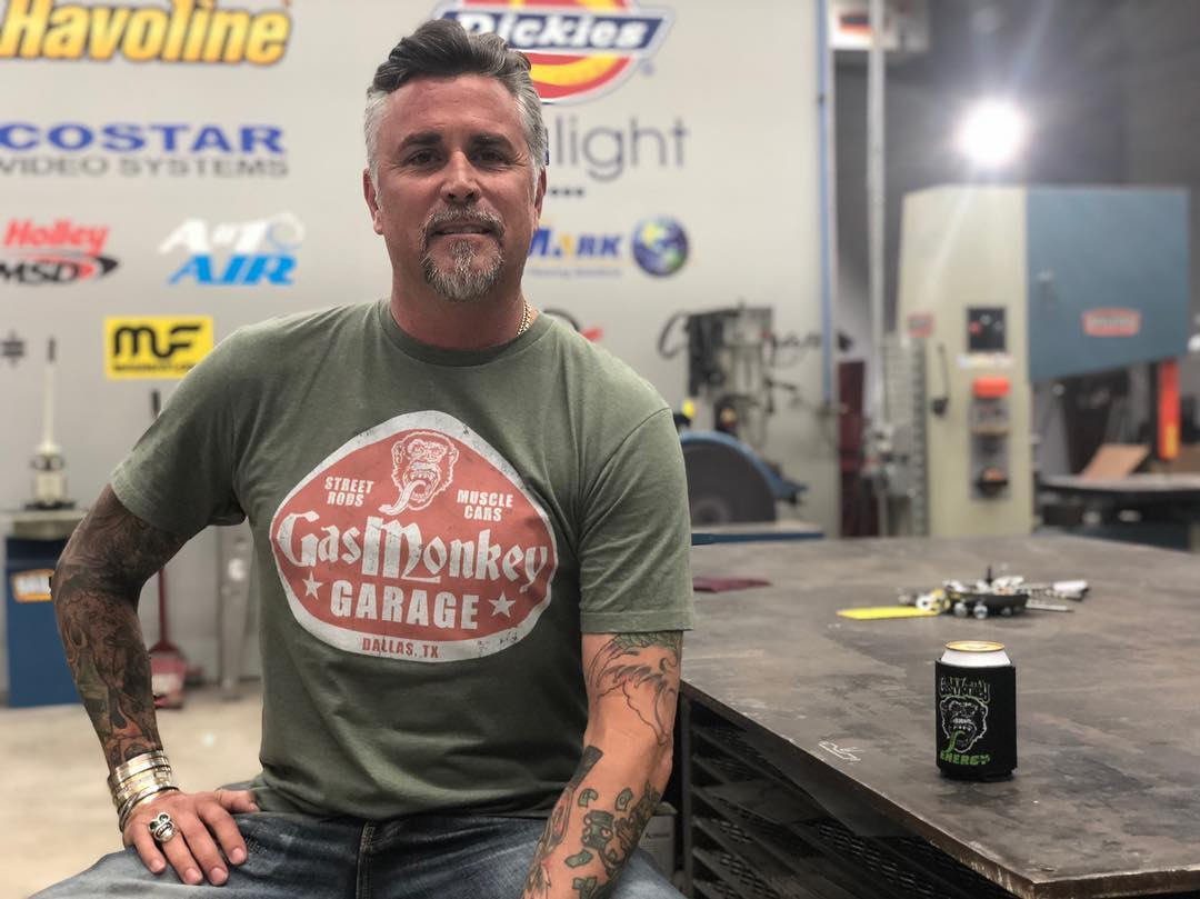 Richard Rawlings in Gas Monkey Garage wearing the GMG t-shirt