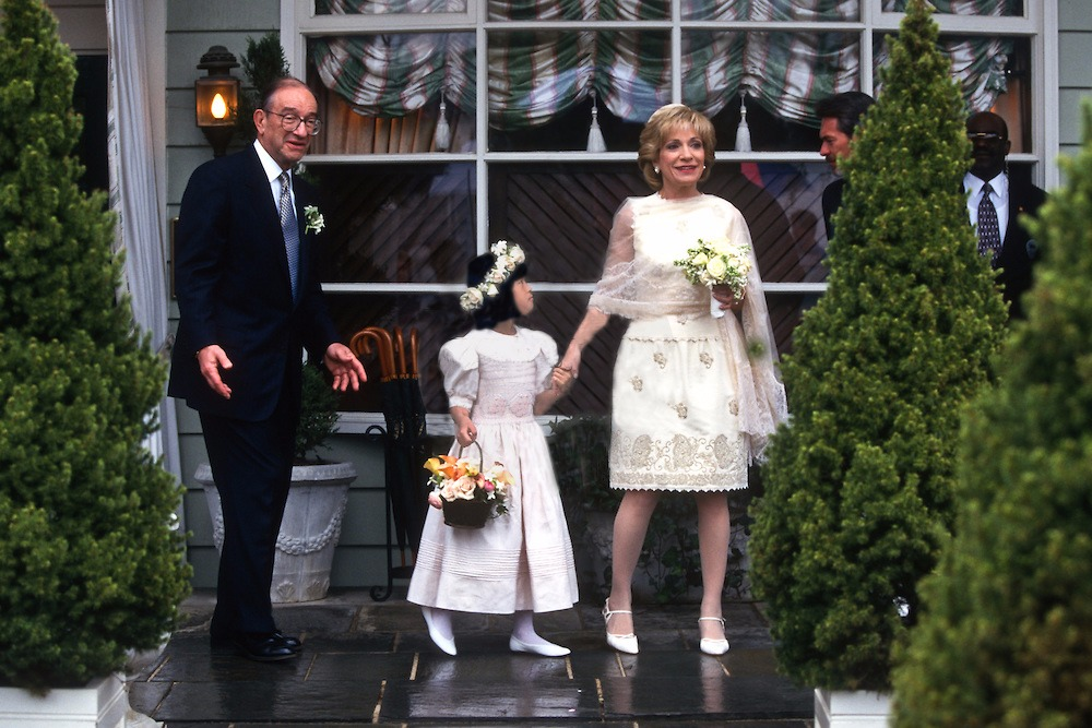 Andrea Mitchell and Alan Greenspan has worn a smile on their faces on their wedding day. Andrea clasping the hand of her goddaughter Lauren Hunt, as the little is looking towards her.