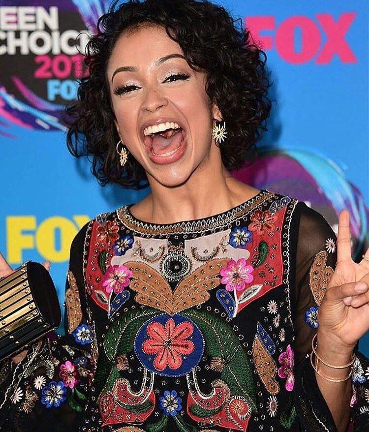 LIza Koshy Teen Choice Awards 2017