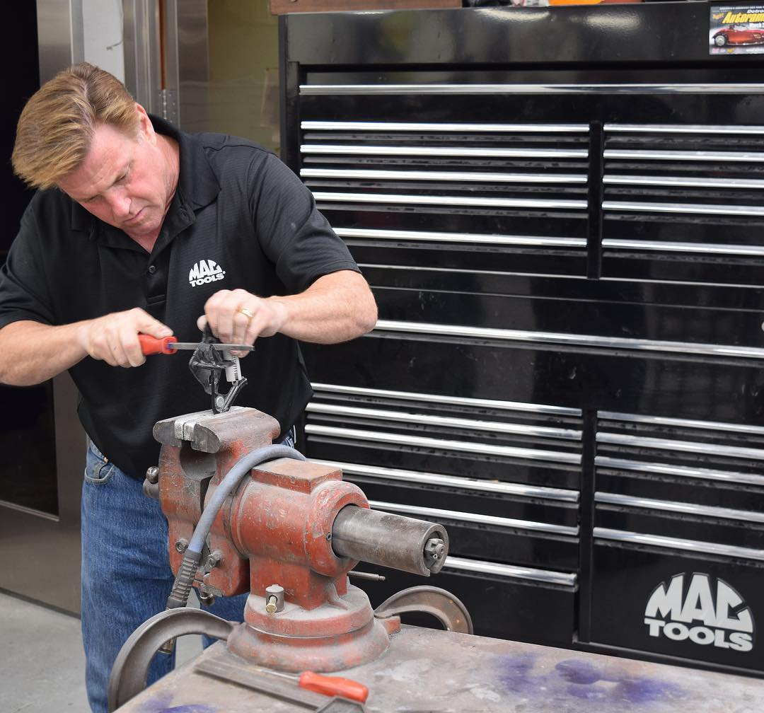 Chip Foose working with the tools