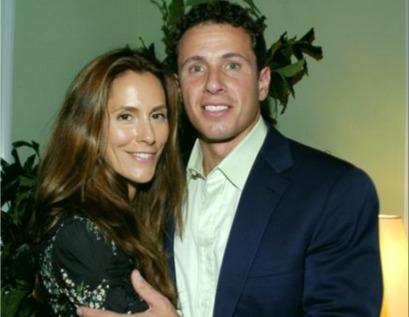 Chris Cuomo embracing wife Cristina