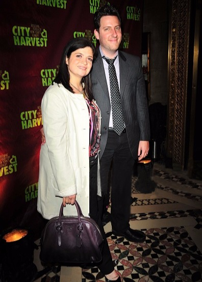 Chef Alex Guarnaschelli with husband Brandon Clark at City Harvest's an 'Evening of Practical Magic' in 2009 in New York