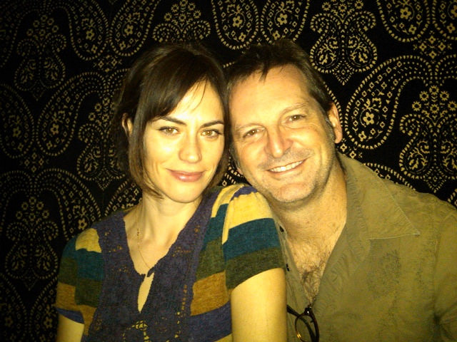 Maggie Siff cozies with her husband, Paul Ratliff