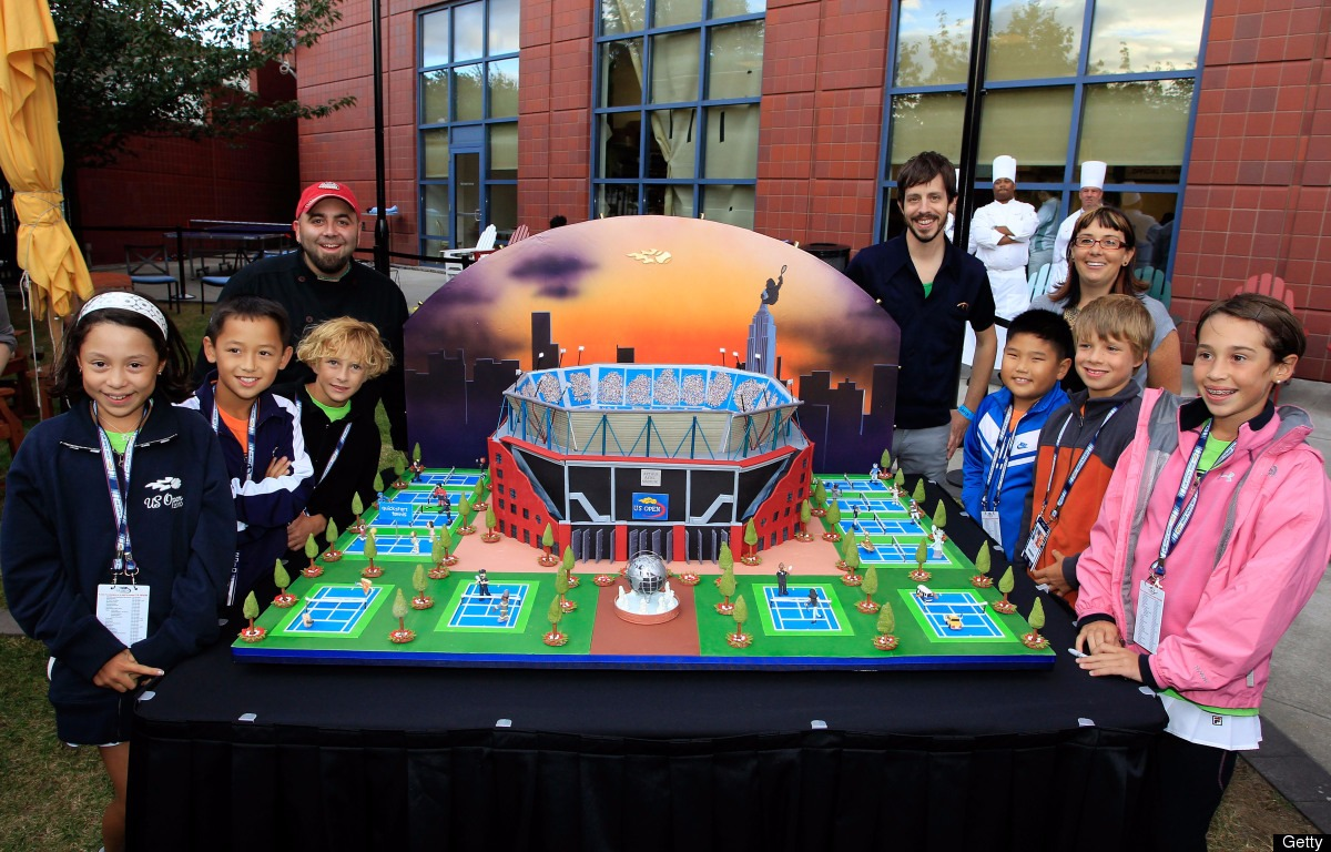 Duff Goldman's amazing cake: a replica of the USTA Billie Jean National Tennis Center