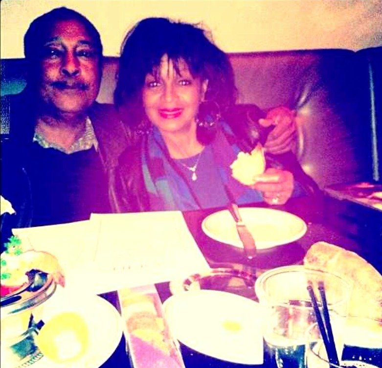 Rebbie Jackson and husband Nathaniel Brown posing for the photograph while dining.